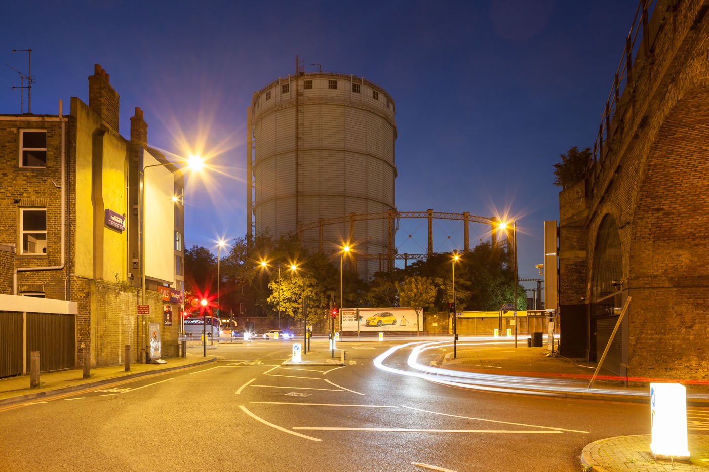 Gasholder | Battersea Park Road at night